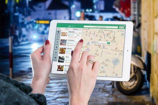Uruchamianie nawigacji gsm w tablecie